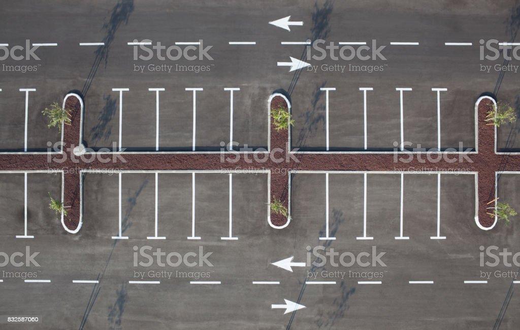 Vue de dessus du terrain de stationnement de voiture. - Photo