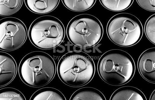 istock Top view of closed soft drink cans 152137942