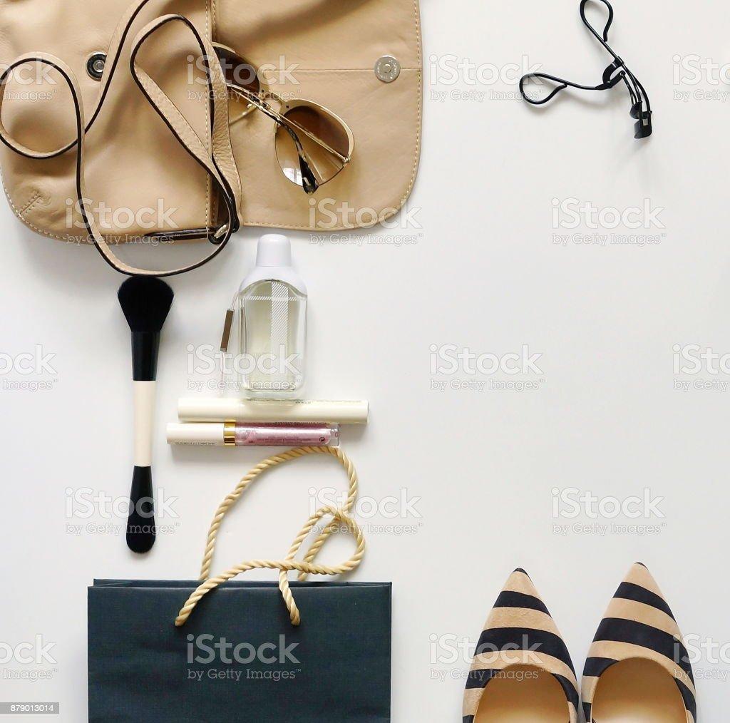 16c841ca9 Vista Superior De Accesorios De Moda Femenina Bolso Gafas De Sol ...