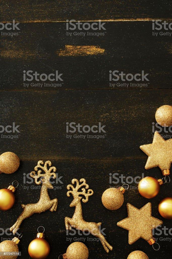 Fotografía de Vista Superior De Oro Marco De Adornos De Navidad ...