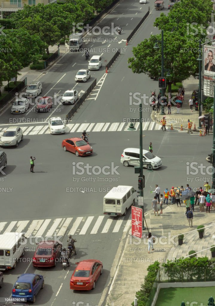 Top View of McKinley Parkway and 26th Street Crossing Traffic at Noon Time stock photo