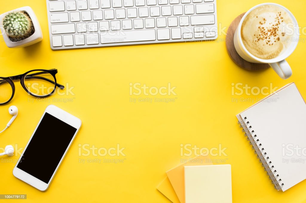 Top view of office desk table with modern accessories,supplies on color background. - Zbiór zdjęć royalty-free (Akcesorium osobiste)