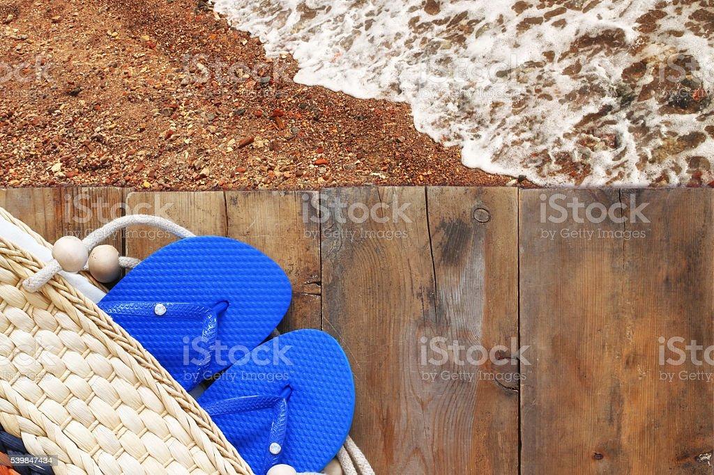 Superior Vista Del Playa Y Terraza De Madera Foto De Stock Y