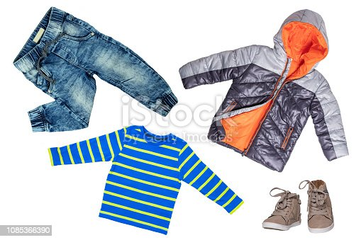 833e6aceecbe ᐈ Imagen de Vista superior de muchacho niño conjunto de ropa ...