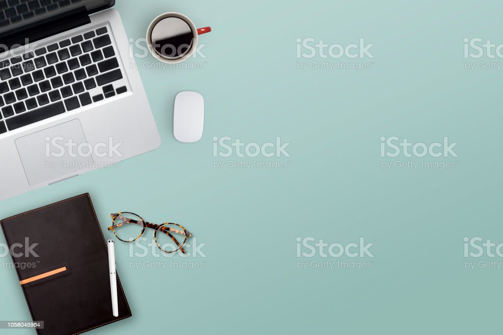 작업 비즈니스 데스크톱의 Topview입니다. - 로열티 프리 경관 스톡 사진