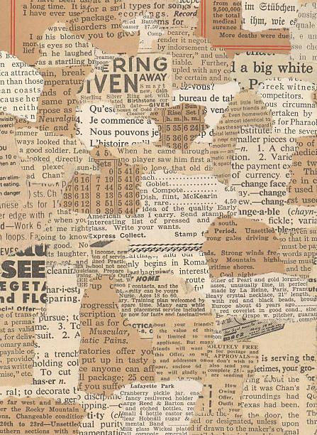 xxl zerrissen antiken newsprint collage - kollagenblätter stock-fotos und bilder