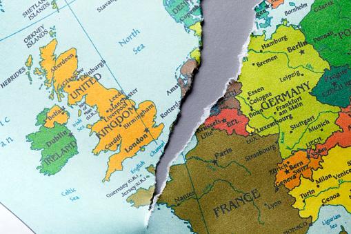 Torn Map Of Europe Foto de stock y más banco de imágenes de Brexit