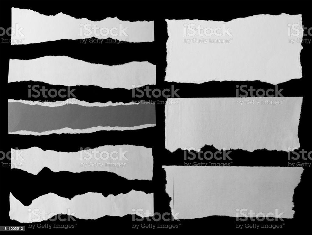 Zerrissene Papiere auf schwarz – Foto