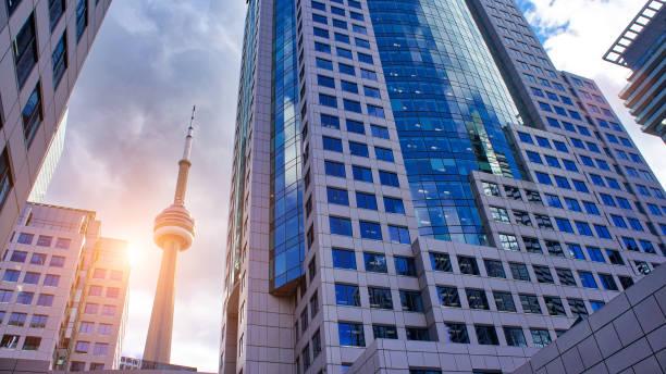 토론토 금융 지구 스카이 라인 - 토론토 온타리오 뉴스 사진 이미지