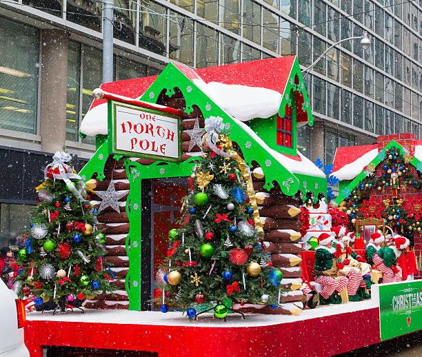 Fotos Carrozas Navidenas.Desfile De Carrozas De Navidad Banco De Fotos E Imagenes