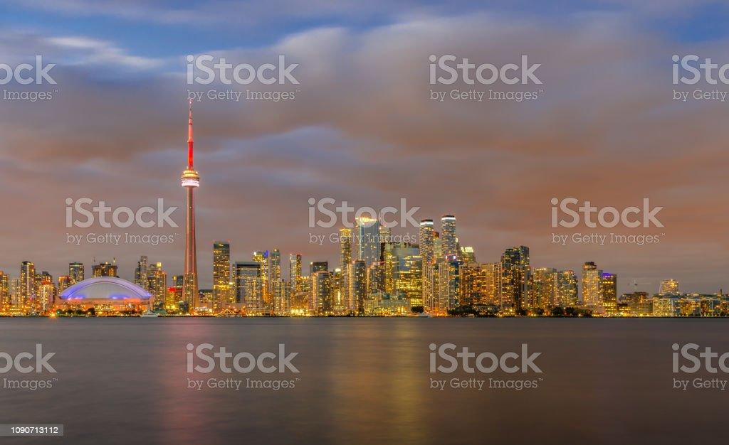Toronto Skyline bei Sonnenuntergang, Ontario, Kanada – Foto