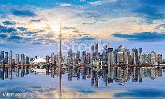 istock Toronto Skyline 823917122