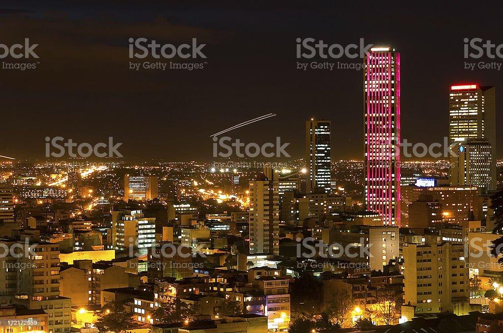 Torre Colpatria: Rojo - foto de stock