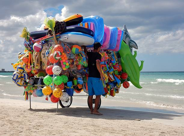 torre lapillo - ambulante da spiaggia in sosta - ambulante foto e immagini stock