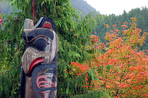 totem ketchikan  ketchikan stock pictures, royalty-free photos & images