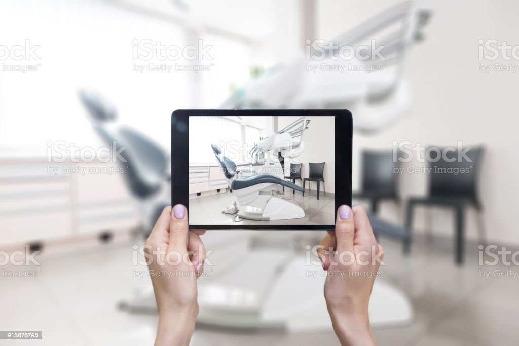 Touchpad & Zahnarztpraxis – Foto