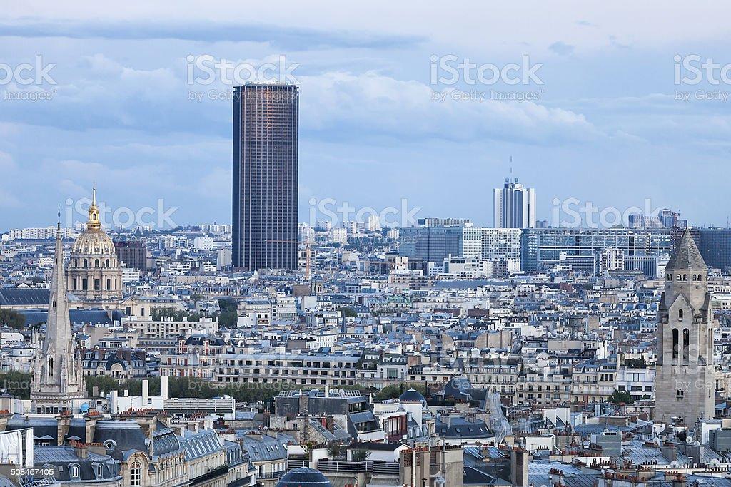 Montparnasse-Turm in Paris, Frankreich – Foto