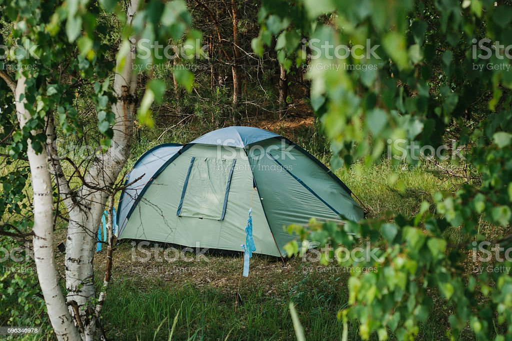 Tourist camp in the woods. Camping. Lizenzfreies stock-foto