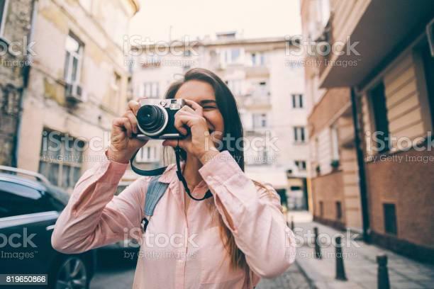 Tourist taking a picture picture id819650866?b=1&k=6&m=819650866&s=612x612&h=1aahfxuhgbk8fh2fxp3r6mxcqjok8ckoc2xmqmbacyy=