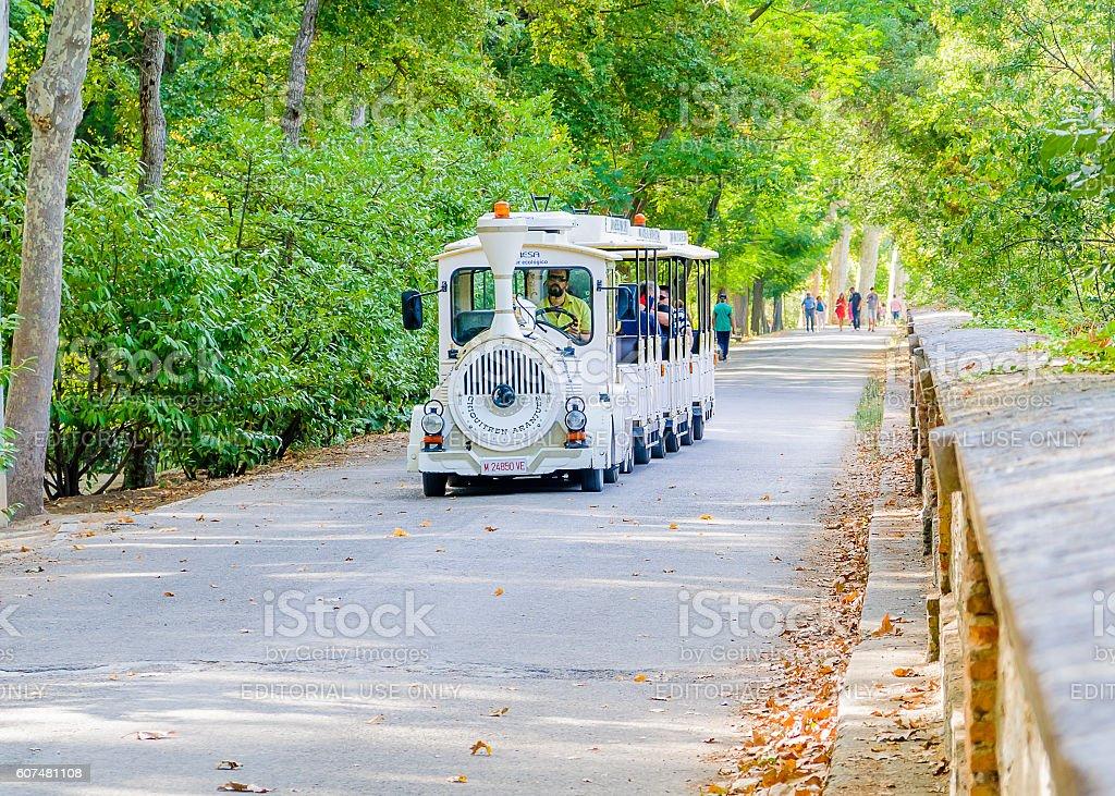 Tourist train in Aranjuez - foto de stock