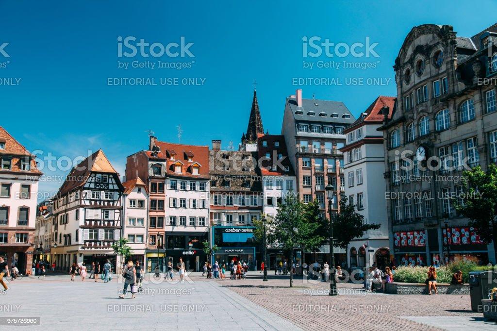Touristen sind Sightseeing Place Kleber Strasbourg Frankreich – Foto