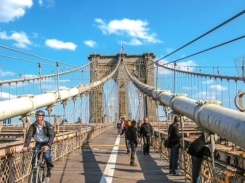 Tourists at Brooklyn bridge