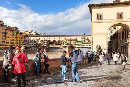 tourists near Vasari corridor and Ponte Vecchio