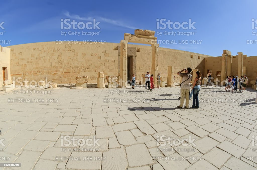 Girls Luxor
