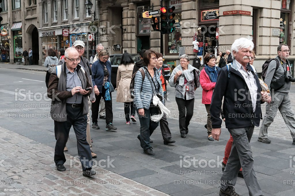 Tourists With Sightseeing In A Popular City – Foto