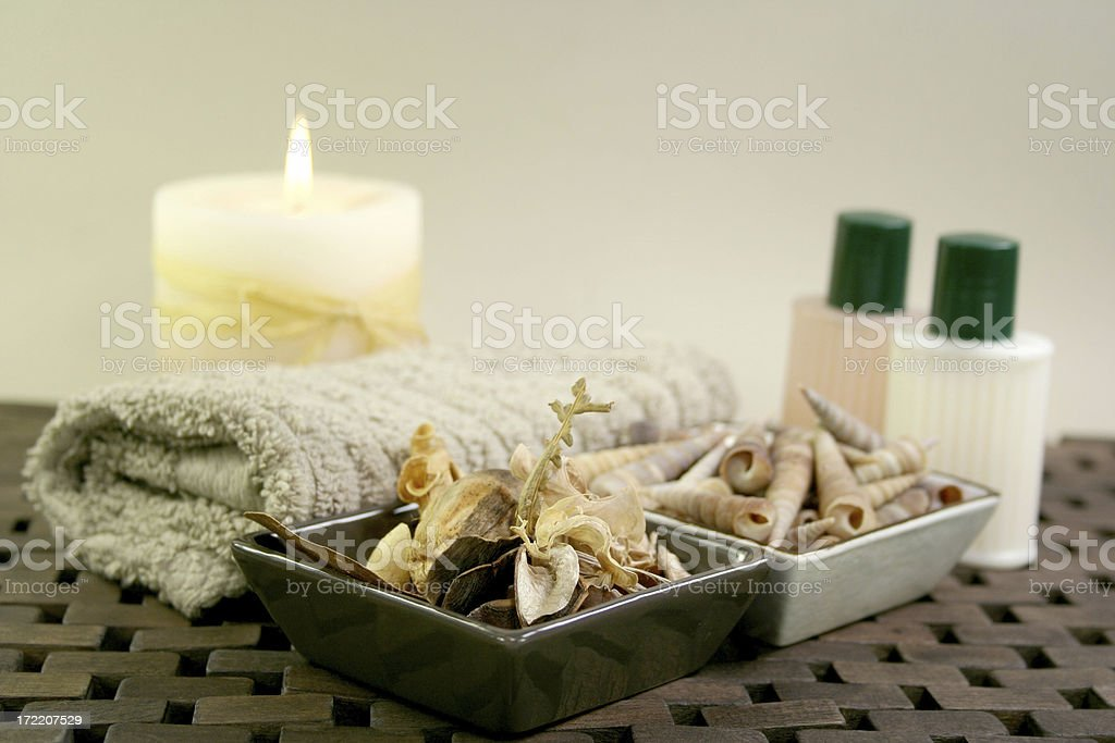 towel, candle and spa products aromatherapy - Royalty-free Alternative Medicine Stock Photo