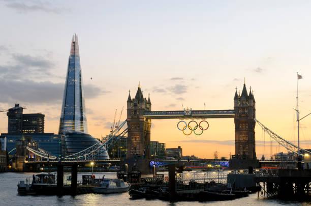 Tower Bridge während der Olympischen Spiele 2012 in London – Foto