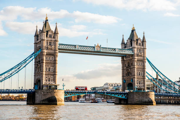 Tower Bridge in London, England Tower Bridge in London, England. Horizontal shot. bascule bridge stock pictures, royalty-free photos & images