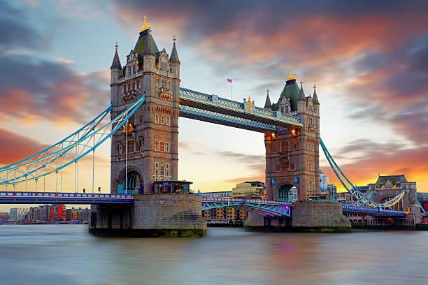 Tower Bridge in London, UK Tower Bridge in London, UK bascule bridge stock pictures, royalty-free photos & images