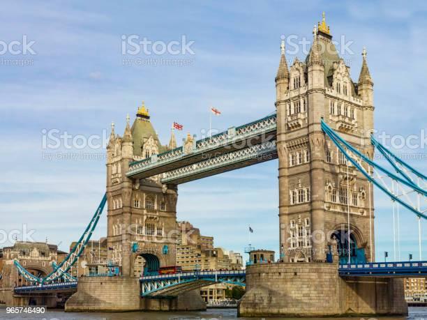 Tower Bridge Of London - Fotografias de stock e mais imagens de Ao Ar Livre