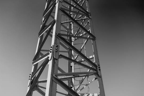 tower crane in black and white - foto stock