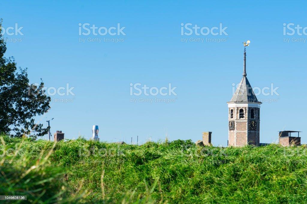 toren van het stadhuis in Willemstad, Nederland foto