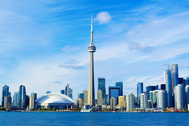 cn tower - toronto stock pictures, royalty-free photos & images