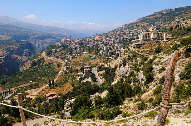 town and landscape in bcharre, lebanon - lebanon 個照片及圖片檔