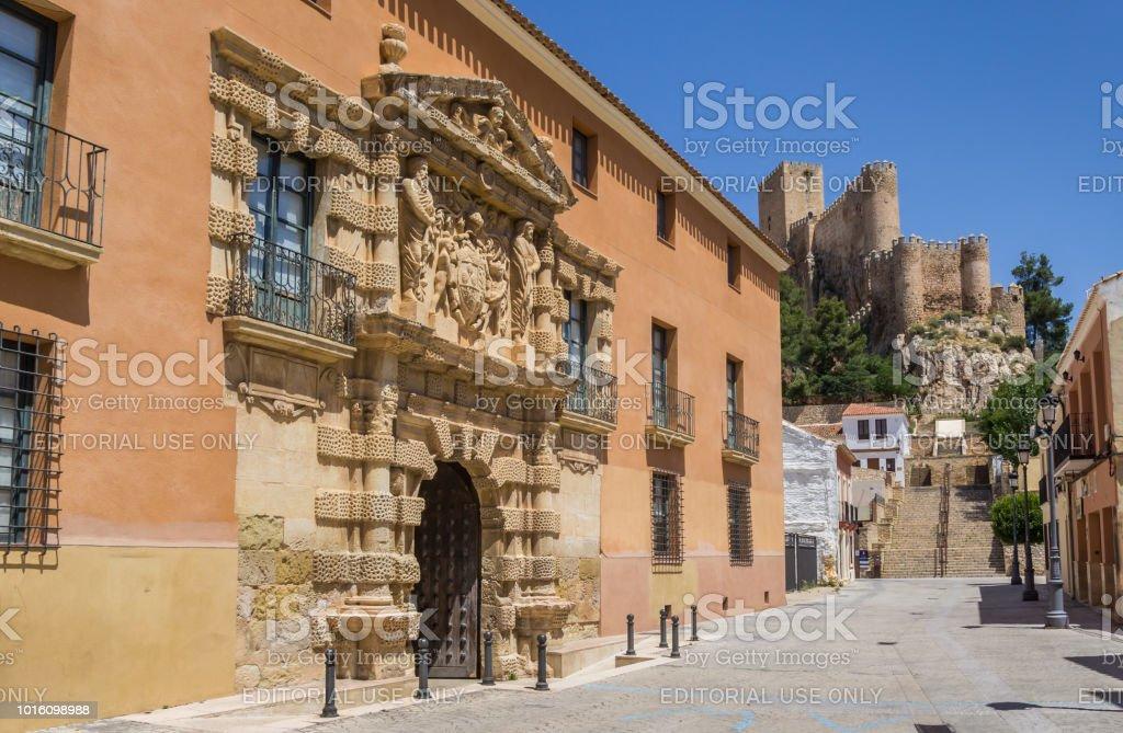 Hôtel de ville et Château de Almansa, Espagne - Photo