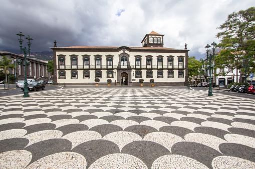 Town Hall In Funchal Madeira - Fotografias de stock e mais imagens de Antigo