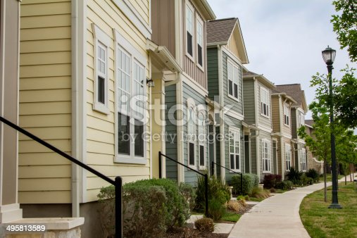 istock Town Houses 495813589