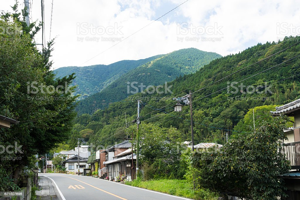Town of Minobu among mountains foto stock royalty-free
