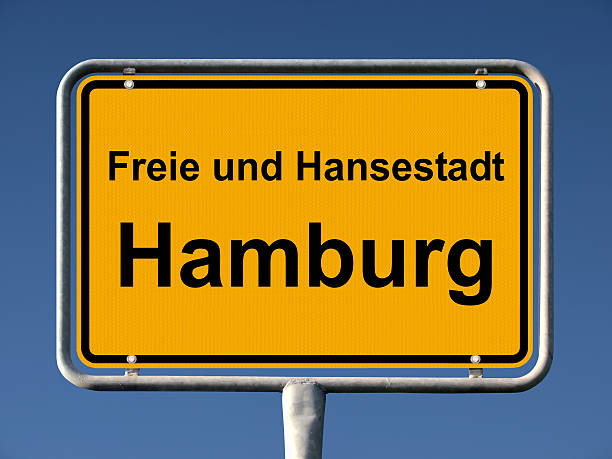 freie und hansestadt hamburg place st michel - andreas weber stock-fotos und bilder
