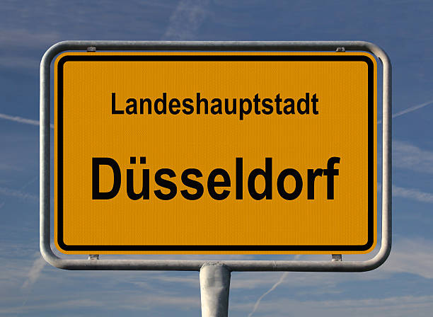 ortsschild landeshauptstadt düsseldorf - place sign stock pictures, royalty-free photos & images