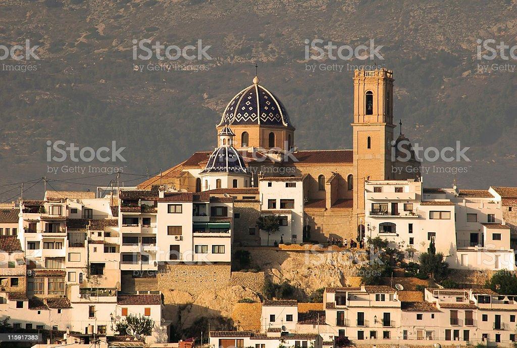 Vista de población de la zona histórica llamada old town de Altea, Costa Blanca, España - foto de stock