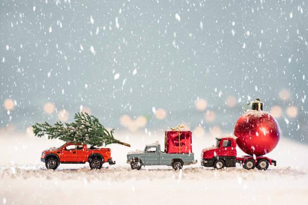 Toy cars with christmas gifts picture id1185693015?b=1&k=6&m=1185693015&s=612x612&w=0&h=a05c2vnl9qhpgbqara1tgbm 89vi3vxcd2ljbez9eta=