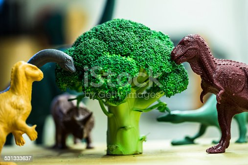 istock Toy dinosaurs with broccoli 531333637