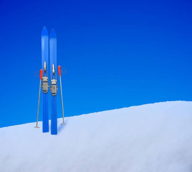 Toy skis standing on the snow picture id1093448464?b=1&k=6&m=1093448464&s=612x612&w=0&h=kjop6nmto6kmlkvzgrlzkz ni8gvjpi7jrgs9ncost0=