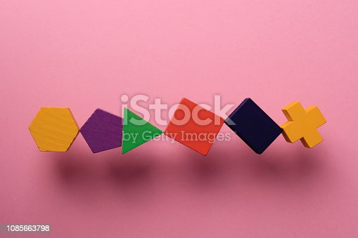90871912istockphoto Toy wooden blocks 1085663798