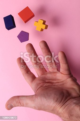 90871912istockphoto Toy wooden blocks 1086429672